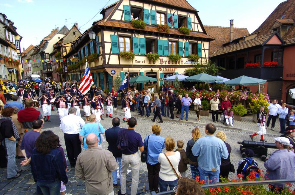 Fête des Vendanges (Grape Harvest Festival) of Barr