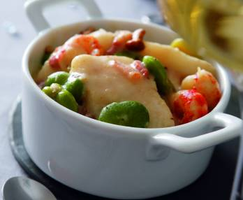 Fish casserole dish with Riesling sauce