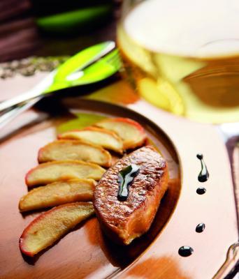 Foie gras poelé, fruits confits au gewurztraminer
