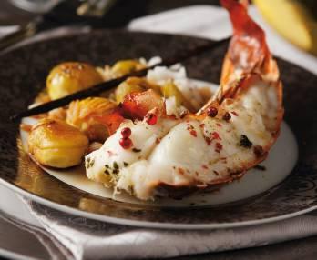 Vanilla-flavoured rock lobster with roasted chestnuts