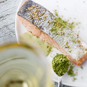 Salmon with green tea sauce