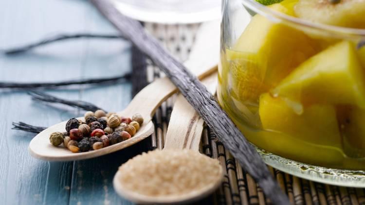 verrines de fruits exotiques aux épices
