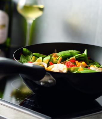 Wok stir-fried vegetables