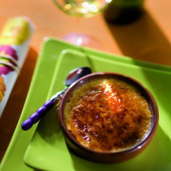 Crème brûlée with honey and chestnut purée