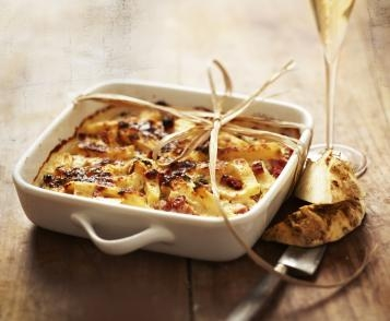 Celery gratin with creamy Roquefort